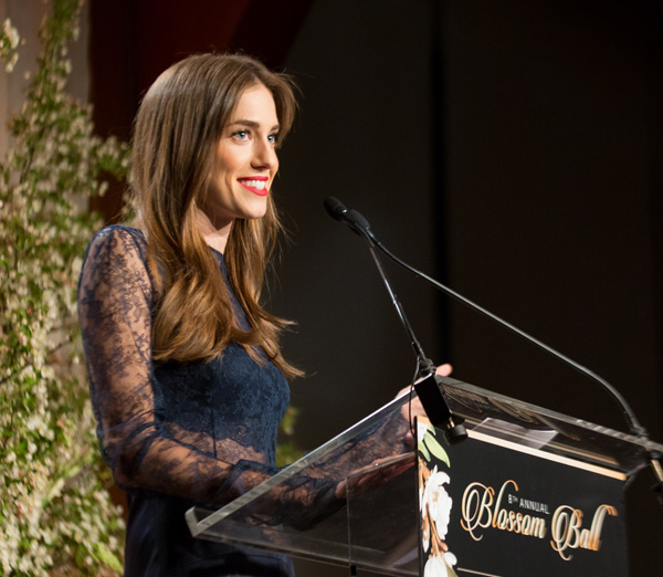 Allison Williams's Letter : screw you endo