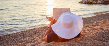 Summer Reads Right This Way! Eight Essential Endometriosis-Focused Books